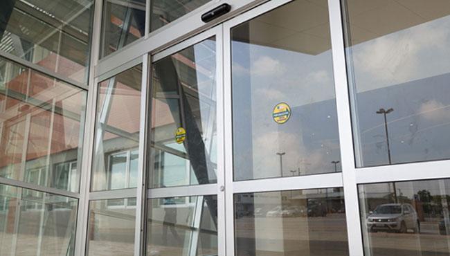 Automatic Doors   ALCRISTAL C.A.