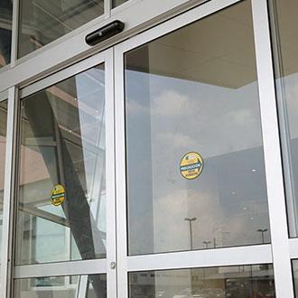 Puertas Automáticas | Alcristal C.A.